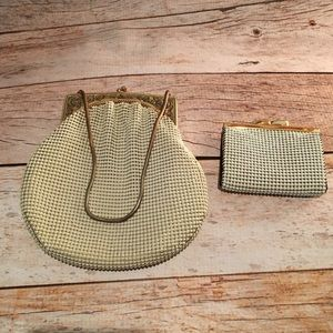 Vintage Whiting and Davis Metal Mesh coin purse